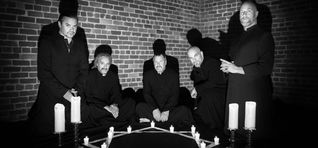 "Crossfire: FAITH NO MORE's First Album In 18 Years ""Sounds More Like The Warm-Up For The Mind-Melter The Band Is Capable Of"""
