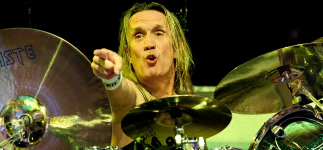 "IRON MAIDEN's Nicko McBrain - ""I Have A Love Affair With Five Guys And The Sex Is The Music"""