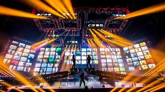 "TRANS-SIBERIAN ORCHESTRA – ""It's Hard To Hate Someone, Let Alone Shoot Them, That You've Gone To A Concert With"""
