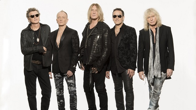 "DEF LEPPARD's Phil Collen Talks Hysteria, Impact On Heavy Metal - ""Lovely That You Give Us That Credit, But We Had More To Do With MARC BOLAN And DAVID BOWIE Than We Did With JUDAS PRIEST And BLACK SABBATH"""