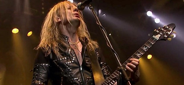 "Former JUDAS PRIEST Guitarist K.K. DOWNING – ""I Paid The Price But I Felt I Had To Set The Record Straight Through My Book"""