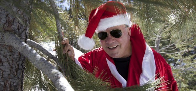 "WILLIAM SHATNER Sleighs It With New Star-Studded Xmas Album - ""It's Wild And They're Wild People"""