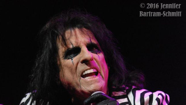 A Night With ALICE COOPER In Port Chester