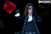 F5FD1DD8-hollywood-vampires-12.jpg