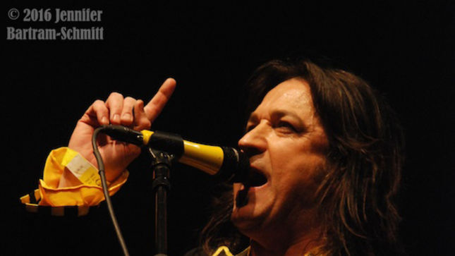 STRYPER – To Hell With The Devil In New York!