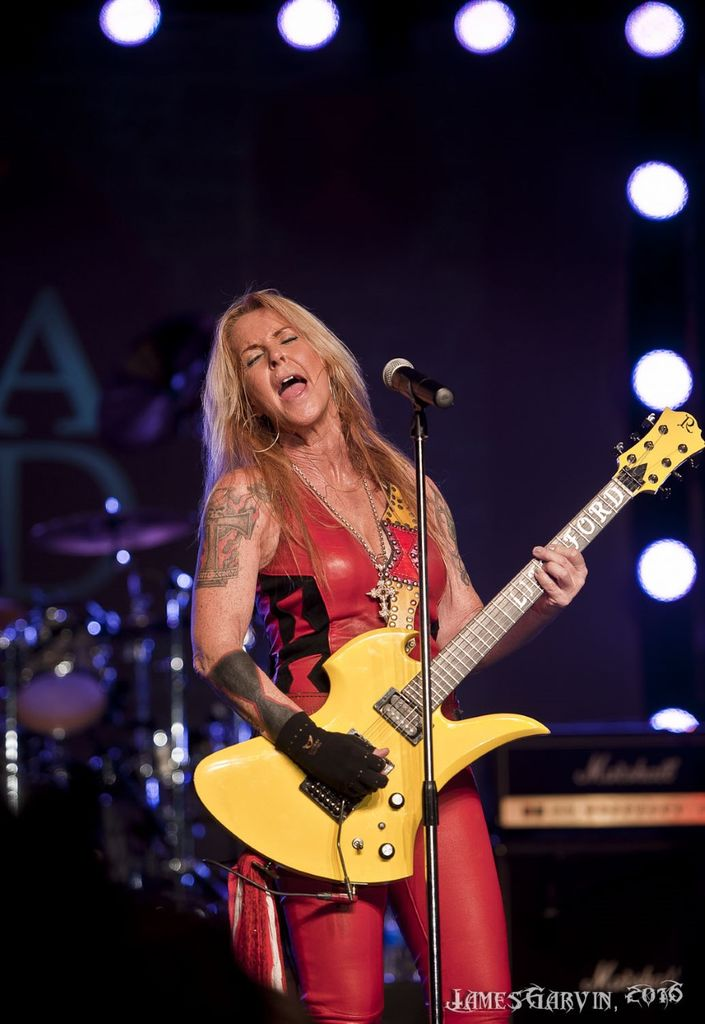 Lita Ford Trixter Rock It Out In Ohio Bravewords Com
