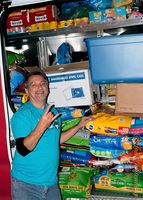 9556EFB9-pet-food-donations.jpg