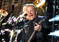 7271BBC7-11hetfield.jpg
