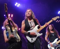 118A15E0-iron-maiden-nyc-139.jpg