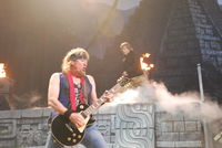 CDC40C66-iron-maiden-nyc-078.jpg