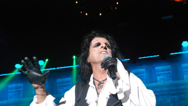 ALICE COOPER – Ol' Black Eyes Returns To New Jersey