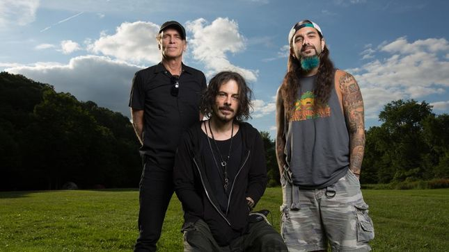 "THE WINERY DOGS -  ""We Have 100 Years Of Experience Between The Three Of Us"""