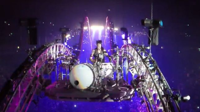 MÖTLEY CRÜE - Tommy Lee's Crüecifly Live Drum Solo; Pro-Shot Video Posted