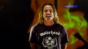 UGLY KID JOE's Whitfield Crane Talks About Possible New Album, Work With METALLICA Bassist Robert Trujillo, Chances Of Reuniting With Classic Lineup In New Interview; Video