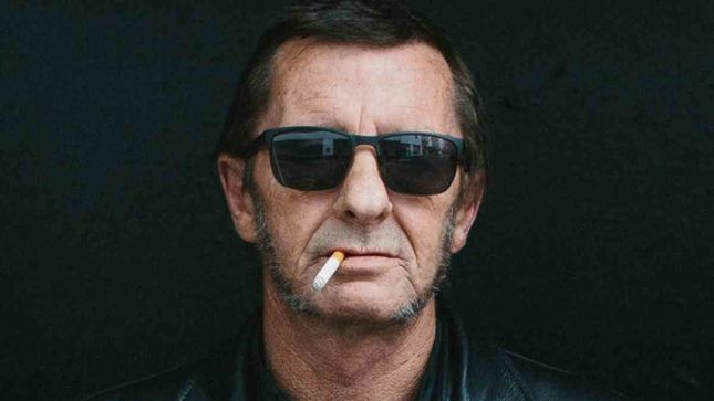 AC/DC - Murder Charge Against Drummer Phil Rudd Dropped
