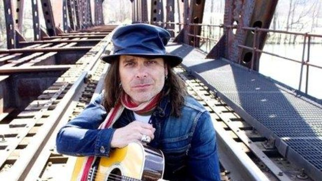 """Singer MIKE TRAMP Talks WHITE LION In New Video Interview - """"The"""
