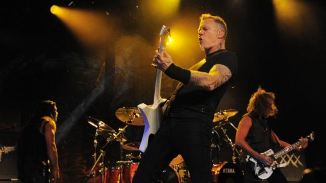 "METALLICA - ""Cyanide"" And ""Battery"" Live At Blizzcon; MetOnTour Footage Streaming"