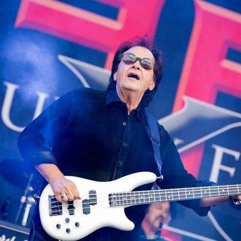 FOUR BY FATE Bassist JOHN REGAN Talks FREHLEY'S COMET, DAVID LEE ROTH On Double Stop Podcast