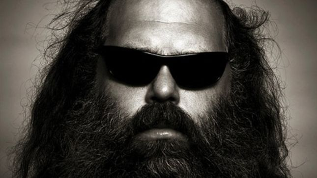 "Producer RICK RUBIN Talks SLAYER's Reign In Blood - ""I Really Love The Solos On That Record Because They Have Nothing To Do With Music; It's Just About Speed"""
