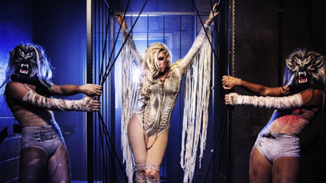 In This Moment Vocalist Maria Brink On Wearing The Hottest Chick