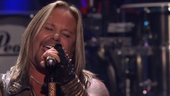 m tley cr e frontman vince neil wins big in las vegas. Black Bedroom Furniture Sets. Home Design Ideas