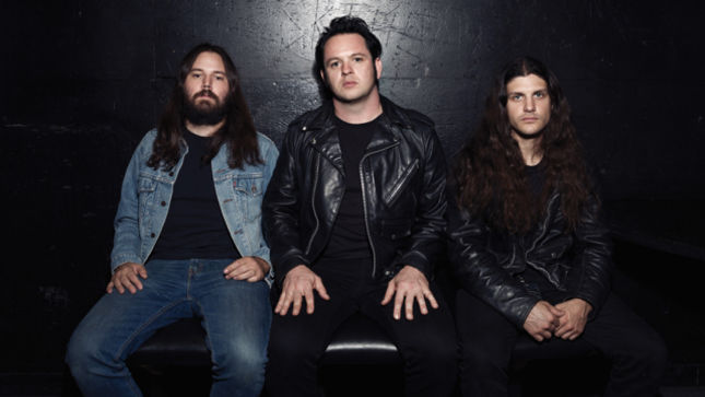 """NIGHT DEMON Streaming """"Satan"""" Single; Tour Launches This Weekend"""