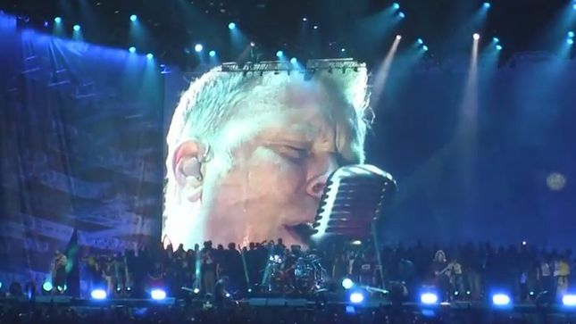"METALLICA Perform ""The Unforgiven II"" In Concert For The ..."