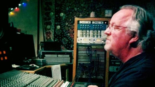 WYN DAVIS Discusses Why He Became RONNIE JAMES DIO's Favorite Recording Engineer; Interview Streaming
