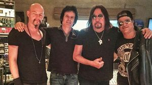 ACE FREHLEY Records THIN LIZZY Classic With SLASH; Photo