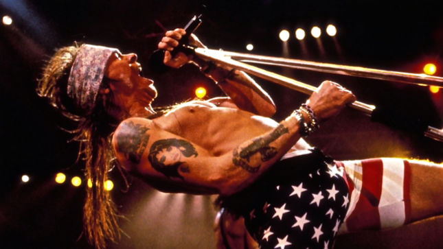 GUNS N' ROSES - 60 Second History Video Streaming