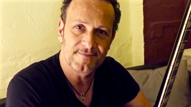 "Guitarist VIVIAN CAMPBELL - ""I Couldn't Imagine Anything Worse Than Staying At Home Just Me And My Illness"""