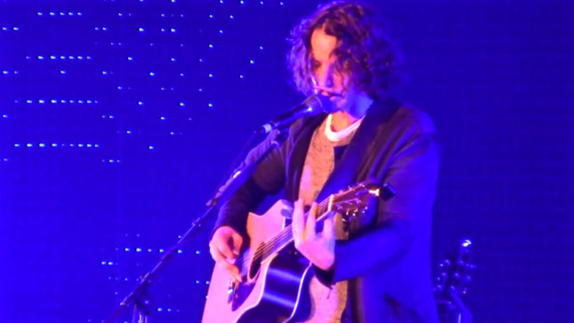 chris cornell performs at kroq almost acoustic christmas video streaming - Kroq Christmas