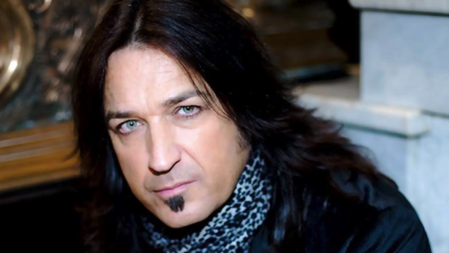 "STRYPER Frontman MICHAEL SWEET - ""How Would It Go Over If We Found Some Young Lad Who Can Hit All The High Notes And I Just Play Guitar?"""