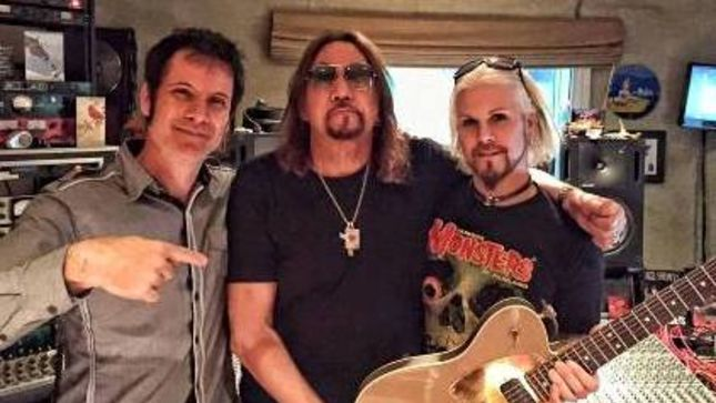 john 5 tracking guitars for new ace frehley album. Black Bedroom Furniture Sets. Home Design Ideas