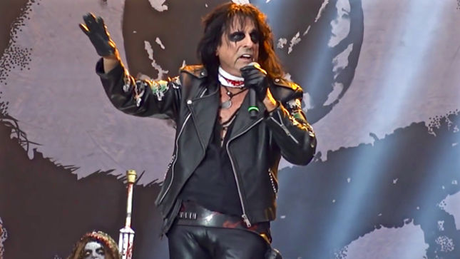 Brave History February 4th, 2018 - ALICE COOPER, IMMORTAL, KANSAS, FASTWAY, HATE, AMORPHIS, IRON MAIDEN, KORPIKLAANI, BEHEMOTH, And More!