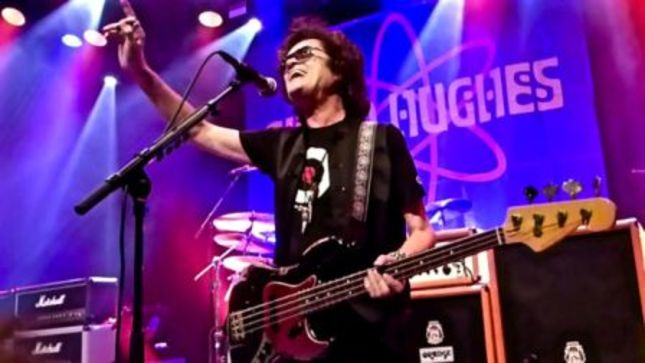 "GLENN HUGHES - ""Nobody's More Grateful Than I Am To Still Be Standing On The Right Side Of The Grass""; Talking Metal Audio Interview Streaming"