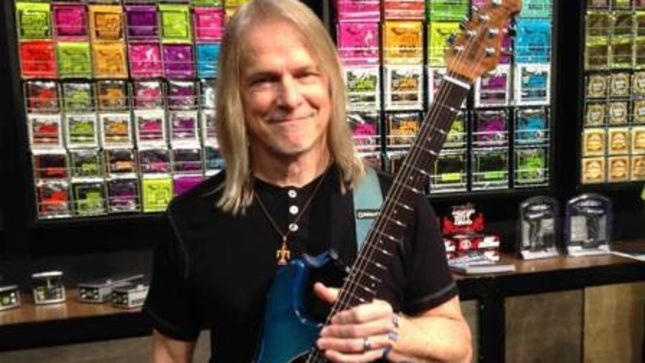"DEEP PURPLE Guitarist STEVE MORSE Looks Back On His Early Years - ""It Was A Rough Time In The '60s To Be Living In The South And Having Long Hair; It Wasn't Entirely Welcoming"" (Video)"
