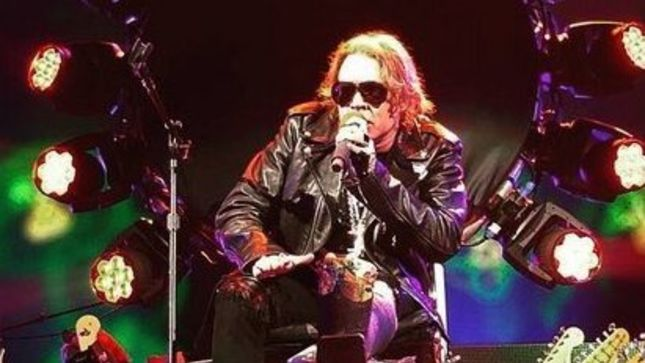 GUNS N' ROSES Perform First Official Reunion Show Despite AXL ROSE's Broken Foot; Photos And Video Available