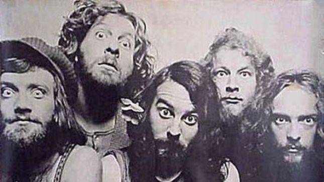 IAN ANDERSON Talks 45th Anniversary Of JETHRO TULL's Aqualung Album (Audio)