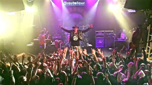 GUNS N' ROSES Upload Quality Video Footage From Historical 2016 Reunion Show At The Troubadour