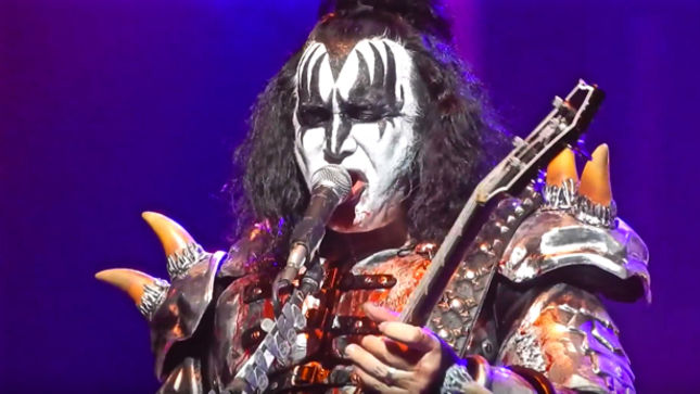 "GENE SIMMONS Discusses Decline In KISS Album Sales Since The 80s - ""We Never Spent Enough Time In The Studio... We've Always Been More Of A Live Band"""