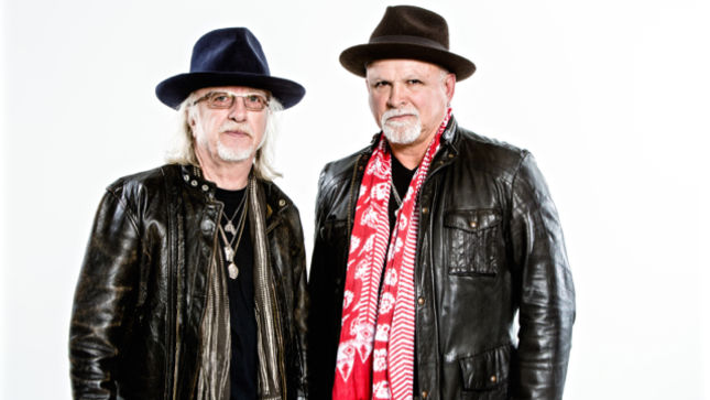 WHITFORD ST. HOLMES – Derek, Brad And Their Night In The Ruts