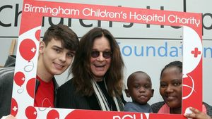 OZZY OSBOUNRE Puts Marriage Woes Aside To Help Sick Kids In Hospital