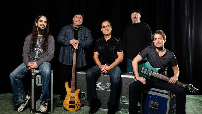 THE NEAL MORSE BAND To Release New Live CD / DVD Set Alive Again In August