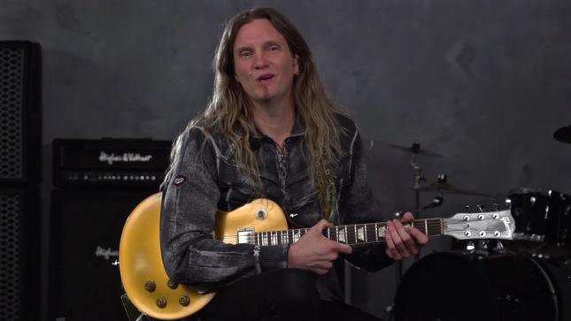 whitesnake guitarist joel hoekstra new guitar lesson video streaming. Black Bedroom Furniture Sets. Home Design Ideas