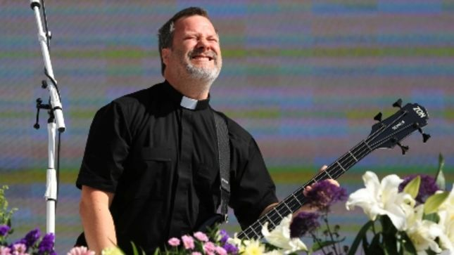faith no more bassist billy gould metal and rock n. Black Bedroom Furniture Sets. Home Design Ideas