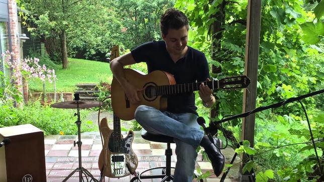 Thomas Zwijsen Performs Kiss Classic Detroit Rock City Acoustic