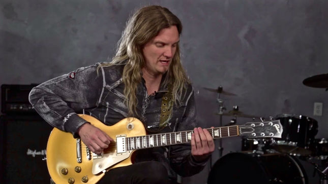 how to play whitesnake on guitar