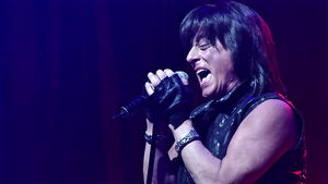 JOE LYNN TURNER To Release The Sessions Album Featuring Guest Appearances From MICHAEL SCHENKER, PHIL COLLEN And More; Includes AC/DC, QUEEN, IRON MAIDEN, VAN HALEN, LED ZEPPELIN Covers
