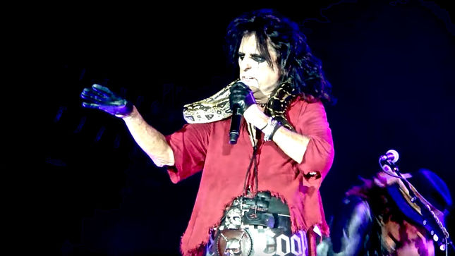 "ALICE COOPER - ""People Think I Live In A Castle With Snakes Everywhere"""